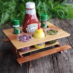 Picnic Caddy, Condiment tray, Outdoor Entertaining by MyOldWhiskeyWorkshop on Etsy Wood Projects, Woodworking Projects, Table Caddy, Silverware Caddy, Condiment Holder, Sauce Barbecue, Ketchup, Outdoor Dining, Wood Crafts