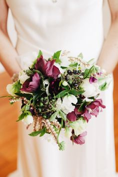 purple and ivory bouquet by Cecilia Fox // photo by Louisa Bailey