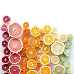 Seattle-based photographer Brittany Wright carefully arranges foods by color and shape to create stunning gradients of hues in her photo series #foodgradients.