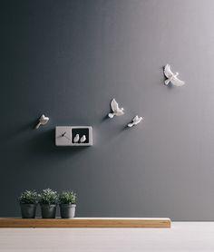 Sparrow Clock, l'orologio con i passerotti che portano fortuna