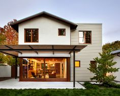 Modern Stucco Bungalow Design Ideas, Pictures, Remodel, and Decor - page 2