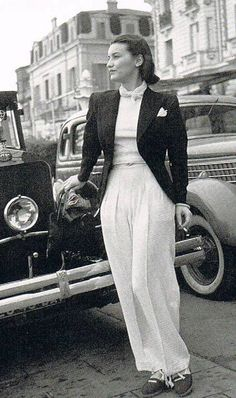 Deci-Delà - historicalfashion: Chanel in Cannes, 1939