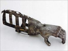 Prosthetic hand, 1600's