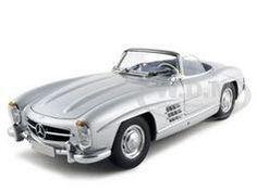 1957 Mercedes 300 SL Diecast Car 1/18 Silver Convertible Die Cast Car Model