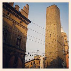#Bologna Torre Garisenda http://www.archilovers.com/p3743/TORRE-GARISENDA---RESTAURI-E-CONSOLIDAMENTI---BOLOGNA-Arch-Francisco-Giordano