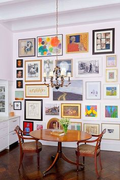 Giant art wall in dining room Room Inspiration, Interior Inspiration, Room Deco, Art Walls, Deco Boheme, Interior Decorating, Interior Design, Gallery Walls, Home And Deco