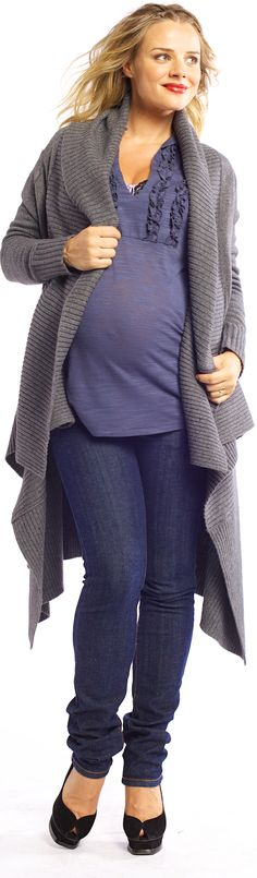 Maternal America has made the perfect maternity skinny jeans to get you through your pregnancy in style! Maternity Clothes Online, Maternity Wardrobe, Maternity Sweater, Maternity Skinny Jeans, Pregnancy Wardrobe, Maternity Style, Summer Maternity Fashion, Christmas Sale, Baby Ideas