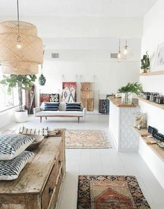 60 Gracefulness Bohemian Living Room Design and Decor Ideas Boho Room, Boho Living Room, Living Room Decor, Bohemian Living, Modern Bohemian, Boho Chic, Hippie Chic, Bohemian Porch, Bohemian Office
