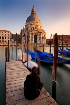 View of Chiesa del Santissimo Redentore across de Grand Canal in Venice_ Italy