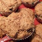 Classic Bran Muffins Recipe - adjusted the recipe.replaced 1 cup of buttermilk with cup of milk, 1 half cup of applesauce and added 3 tablespoons of french vanilla powder creamer .muffins came out moist and absolutely delicious! Food Network, Muffin Recipes, Breakfast Recipes, Bran Muffins, Cinnamon Muffins, Apple Cinnamon, All Bran, Muffin Bread, Good Food