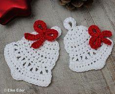 Glocke mit Schleife in 2 Größen - Häkelanleitung für Baumschmuck, Geschenkanhänger, Tischdeko bei Makerist - Bild 2 Crochet Kitchen, Crochet Home, Crochet Crafts, Crochet Projects, Crochet Ornament Patterns, Crochet Ornaments, Crochet Patterns, Xmas Crafts, Crafts To Sell
