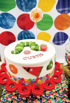 This is a ridiculous amount of work and effort for a 1 year old, but oh-so-cute! I love the Hungry Caterpillar birthday-ideas