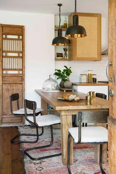 Earthy and eclectic charming timber-filled kitchen with a melange of cultures, character, vintage treasures and cosy textures. Eclectic Home, Kitchen Benches, Australian Homes, Cottage, Home, Living Room Style, Brick Look Tile, Bathtub Decor, Home Decor