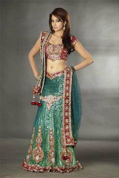 bridal Lengha  #indianwedding, #southasianwedding, #shaadibazaar