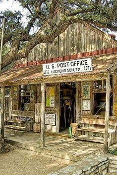 Luckenbach, TX Post Office