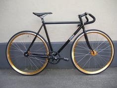 Pake fixies. *sigh* So trendy!