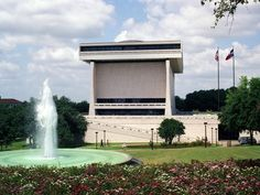 The LBJ Library at the University of Texas somehow got even more beautiful.