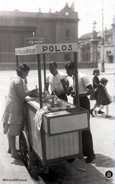 Barcelona, parada de gelats 1920-1930