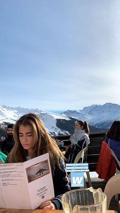 Chalet Girl, Ski Season, Travel Aesthetic, Sky Aesthetic, Flower Aesthetic, Winter Photos, Teenage Dream, Cold Day, Winter Snow