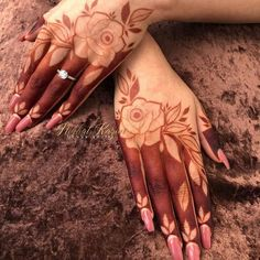Find and explore latest Dulhan mehndi designs for legs and hands. More than 25 beautiful Bridal mehendi designs images available here. Modern Henna Designs, Floral Henna Designs, Full Hand Mehndi Designs, Legs Mehndi Design, Mehndi Designs For Girls, Mehndi Designs For Beginners, Dulhan Mehndi Designs, Mehndi Design Pictures, Mehndi Designs For Fingers