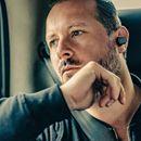Ya puedes reservar el Xperia Ear, el auricular inteligente de Sony  Si no veías el momento de colocarte el asistente personal de Sony en tu querida orejilla, estás de enhorabuena: la compañía ha anunciado que el auricular inteligente Xperia Ear ya está disponible para reserva en España....