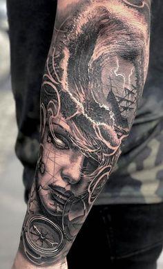 80 Fotos de tatuagens masculinas no braço | TopTatuagens Ship Tattoo Sleeves, Leg Sleeve Tattoo, Tattoo Sleeve Designs, Head Tattoos, Forearm Tattoos, Body Art Tattoos, Tattoo Tortuga, Pirate Tattoo, Octopus Tattoos