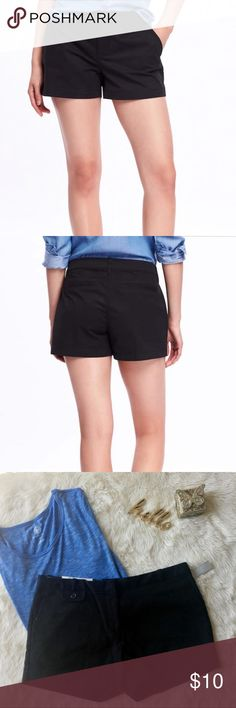 Old Navy Mid-Rise Stretch Shorts New with tags Button closure; zip fly. Front slant pockets; faux-welt pockets in back. Soft, medium-weight twill, with added stretch. 97% cotton , 3% spandex. Machine wash. Imported. Old Navy Shorts