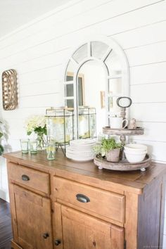 You know what your dining room really needs? A drink station that can serve up fresh lemonade the moment you come back from the beach. See more at Nina Hendrick.