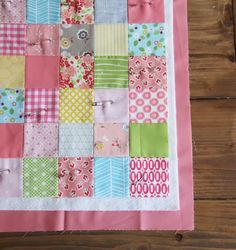 Cluck Cluck Sew: Binding Tutorial: Binding a quilt with the quilt back