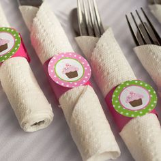Items similar to Napkin Rings - Silverware Wraps - Cupcake Theme - Happy Birthday Party and Baby Shower Decorations in Hot Pink and Green on Etsy Cupcake Party, Birthday Cupcakes, Baby Birthday, Happy Birthday Parties, Birthday Party Themes, Birthday Ideas, Cupcake Factory, Zebra Party, Rubber Ducky Baby Shower