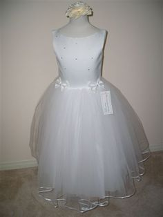Canadian Profiles 22B05 Communion Dress