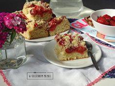 Ciasto drożdżowe z owocami lata