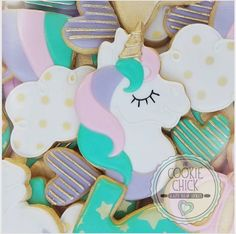 """The Cookie Chick   tluu on Instagram: """"As a glaze cookier, I find myself occasionally wanting my work to be able to look like all the others. I really faced that w this unicorn design. I wanted multi color swirls of color wrapped around each other for the mane but there are limits to glaze (for me anyways). In the end though, I'm happy glaze is different and at times unique. #glazedcookies, #sugarcookies, #decoratedcookies, #thecookiechick, #desserttables, #customcookies, #cookiefavors…"""