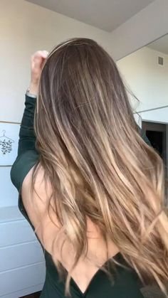 Work Hairstyles, Easy Hairstyles For Long Hair, Casual Hairstyles, Simple Hairstyles For School, Long Hair Cuts, Headband Hairstyles, Curly Hair Tips, Curly Hair Styles, Make Up Inspiration