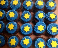 Cupcakes para el pastel de Woody