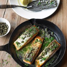 Salmon with capers and dill: Recipes Dill Recipes, Irish Recipes, Quick Recipes, Salmon Recipes, Seafood Recipes, Healthy Recipes, Trout Recipes, Quick Meals, Dinner Recipes