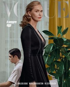Lauren Hutton by Steven Klein for Vogue Italia October At almost 74 Hutton is the oldest model to ever grace a Vogue cover. We think she looks absolutely stunning! Vogue Magazine Covers, Fashion Magazine Cover, Vogue Covers, Lauren Hutton, Richard Avedon, Michelle Williams, Robert Redford, Jim Carrey, Best Fashion Magazines