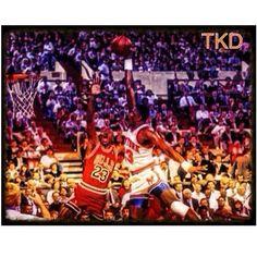 Patrick Ewing dunking on Michael Jordan!