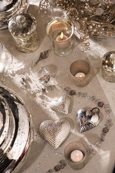 Glitter & Glamour - Christmas dining table idea