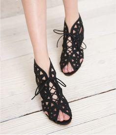 Fashion Lace Hollow Sandals XXA621023 on Luulla