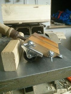Picture of DIY sharpening jig for chisels and plane irons