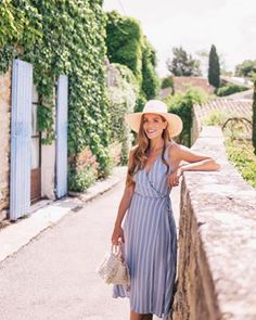 57 Adorable Ways To Dress Up For Getaway Glam Style Style Travel Outfit Summer, Summer Outfits, Summer Dresses, Wine Tasting Outfit, France Outfits, Love Fashion, Fashion Outfits, Fashion Women, Style Fashion