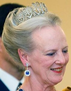 Tiara de Baden Palmette: Made by Koch jewelers, the diamond tiara was originally given to Princess Louise of Prussia (1838-1923) by her father, German Emperor Wilhelm I. It was a wedding gift, marking her 1856 nuptials to the future Grand Duke of Baden.