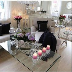 Living Room Styles, Living Room Goals, Living Room Decor, Living Rooms, Cool Room Designs, Silver Living Room, Woman Cave, Luxury Home Decor, Home Fashion