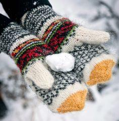 Helene Magnusson's Leaf mittens. The Icelandic Knitter