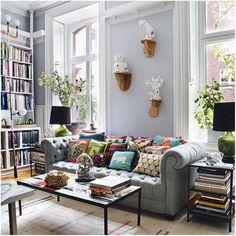 Books / decor / living room
