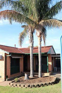 Morphett Vale South Australia  Home for Sale  #home #homeforsale #family #familyhome #invest #investment #bricksandmortar #palms #southustralia #australia #cityofonkaparinga #realestate #naomiwillrealestate   28 Kenneth Road Morphett Vale SA 5162 http://www.realestate.com.au/property-house-sa-morphett+vale-126127210