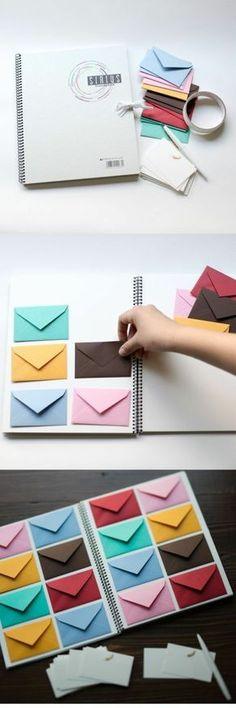 ideas para san valentin, regalo romantico, cuaderno blanco con sobres pequeños de color pegados para mensajes de amor