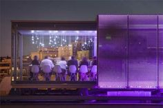 Nomiya: Temporary restaurant on the roof of the Palais de Tokyo museum – ARQA Pop Up Restaurant, Rooftop Restaurant, Restaurant Design, Shipping Container Restaurant, Shipping Container Homes, Shipping Containers, Container Buildings, Container Architecture, Temporary Architecture
