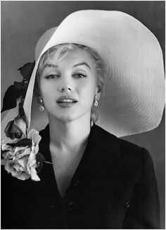 Marilyn … . elegant in  quite the grand chapeau